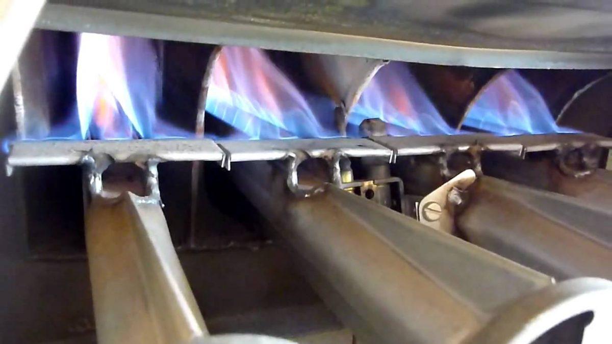 بخاری گازی بدون دودکش و بخاری گازی دارای دودکش