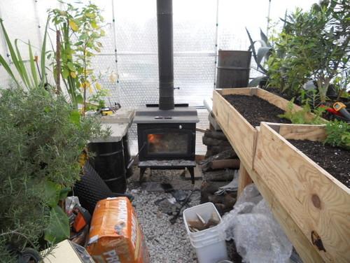 بخاری هیزم سوز گلخانه
