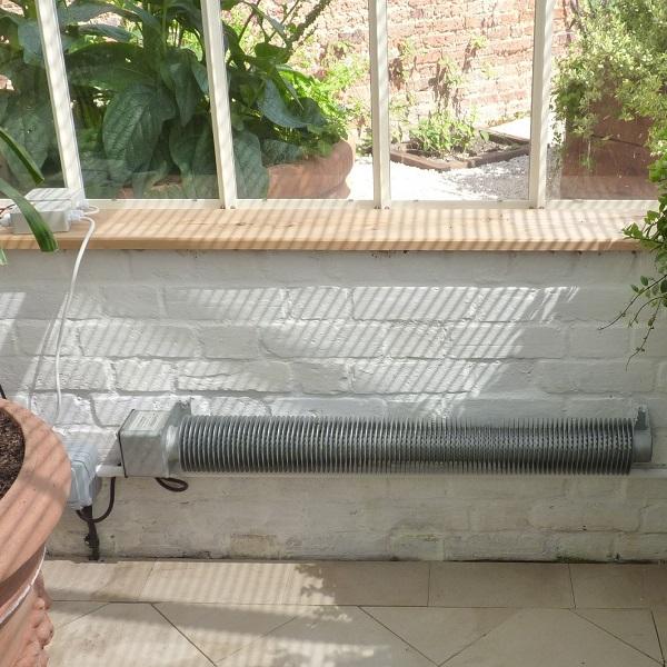 بخاری برقی تیوپی گلخانه